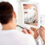 ELFINA Miroir Grossissant x 10, Miroir Maquillage Lumineux LED De Voyage avec Verrouillage Ventouse, 360°Rotation Miroir de Douche Idéal pour Rasage et Maquillage dans Salle de Bain de la marque ELFINA image 2 produit