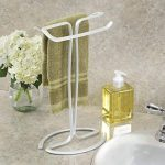 InterDesign Axis porte-serviette avec 2 barres pour vasque, étendoir métal élégant pour serviettes de toilette, blanc de la marque InterDesign image 1 produit